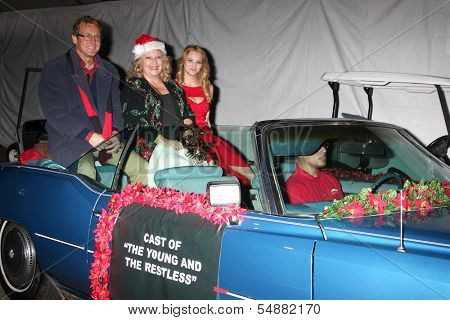 LOS ANGELES - DEC 1:  Doug Davidson, Beth Maitland, Hunter King at the 2013 Hollywood Christmas Parade at Hollywood & Highland on December 1, 2013 in Los Angeles, CA