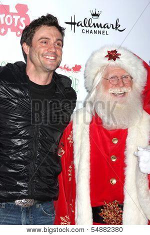 LOS ANGELES - DEC 1:  Daniel Goddard, Santa Claus at the 2013 Hollywood Christmas Parade at Hollywood & Highland on December 1, 2013 in Los Angeles, CA