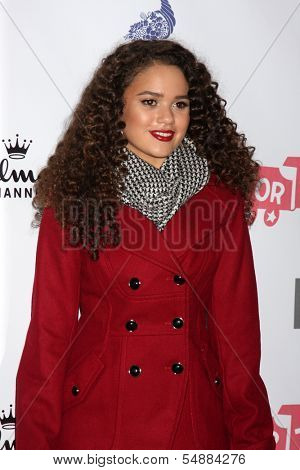 LOS ANGELES - DEC 1:  Madison Pettis at the 2013 Hollywood Christmas Parade at Hollywood & Highland on December 1, 2013 in Los Angeles, CA