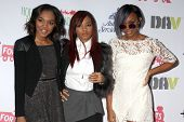 LOS ANGELES - DEC 1:  McClains - Sierra, Lauryn, China Anne at the 2013 Hollywood Christmas Parade a