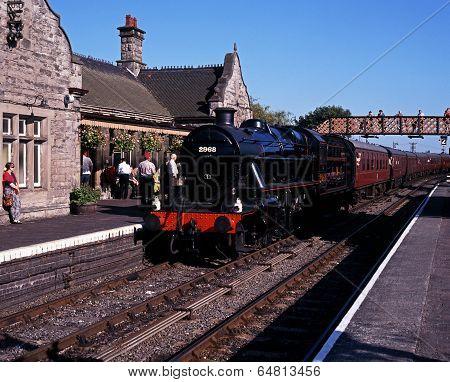 Steam train in station, Bridgnorth.