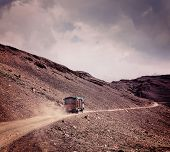 foto of manali-leh road  - Vintage retro effect filtered hipster style travel image of Manali - JPG