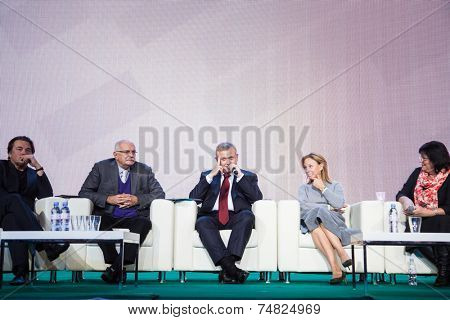 MOSCOW - OCTOBER 17: N. Mikhalkov, S. Kapkov, A. Doletskaya. Talk show. Art, education, and culture during First Moscow International Forum on October 17, 2014 in Moscow, Russia.