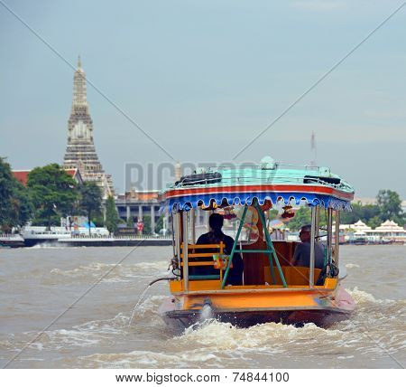 Tourist Private Sightseeing Boat On Chao Phraya River In Bangkok