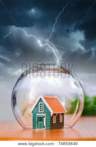 Insured House In Thunder