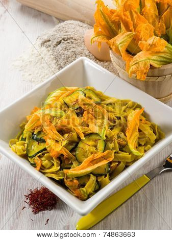 pasta with zucchibis flower and saffron