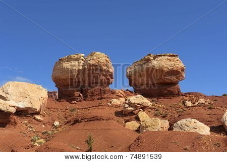 Twin Rocks Capitol Reef National Park