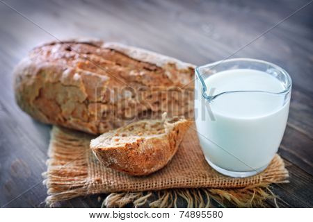 bread and fresh milk
