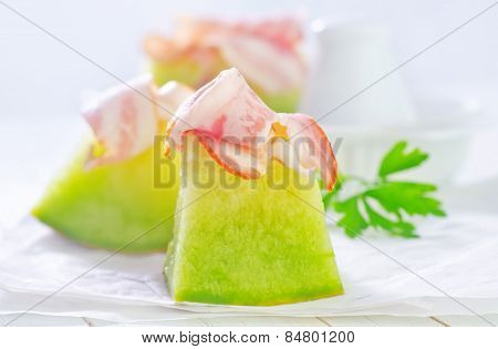 fresh melon and ham