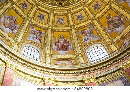 Interior Of Szent Istvan Basilica In Budapest