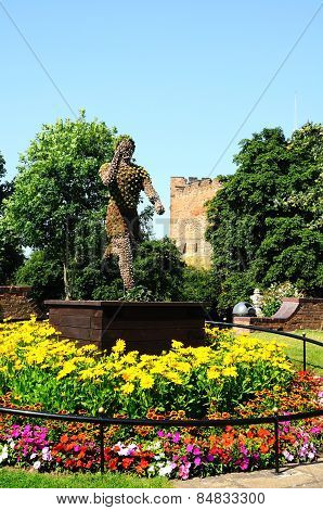 Floral statue, Tamworth.