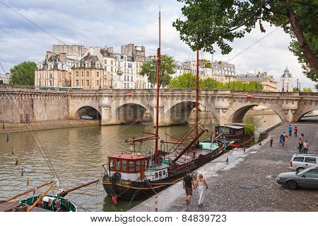 Tourists Walking Near By Pont Neuf, Paris