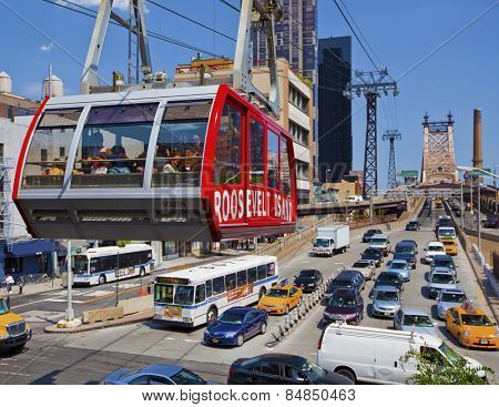 NEW YORK CITY - JUNE 28th: The famous Roosevelt Island cable tram car that connects Roosevelt Island to Manhattan in New York on June 28th, 2012 in Manhattan, New York City.
