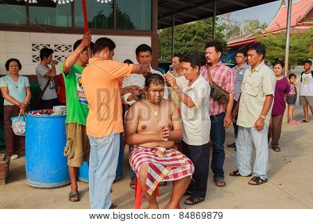 Bangkok March 1: A Series Of Initiation Rites That Have Changed To The New Man At The Temple Thailan