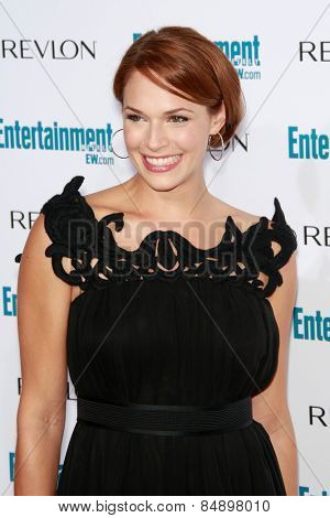 BEVERLY HILLS - SEP 20: Amanda Righetti at the 6th Annual Entertainment Weekly Pre-EMMY party  on September 20, 2008 in Beverly Hills, California