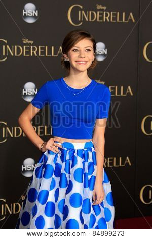 LOS ANGELES - MAR 1: G. Hannelius at the World Premiere of 'Cinderella' at the El Capitan Theater on March 1, 2015 in Hollywood, Los Angeles, California