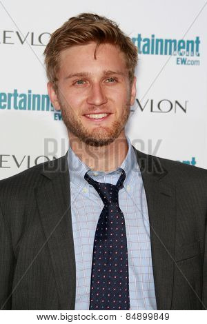 BEVERLY HILLS - SEP 20: Aaron Staton at the 6th Annual Entertainment Weekly Pre-EMMY party  on September 20, 2008 in Beverly Hills, California