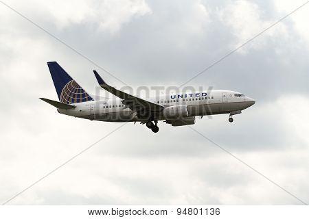Boeing 737-724