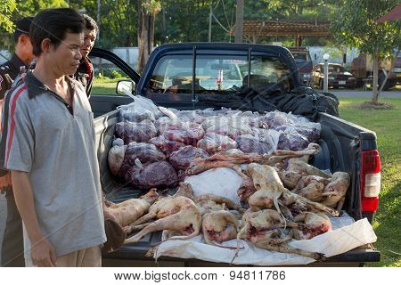 Illegal Dogs-meat Trade On July 1, 2015. Lt. Col. Phongphet Phunsean. Highway Police Inspector Sakon