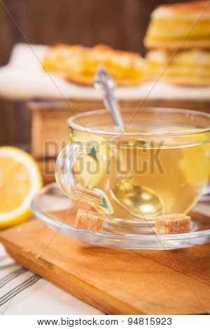 Lemon Pie With Tea