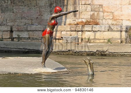 Swimmer Statue Skopje