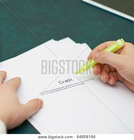 Marking words in a credit definition