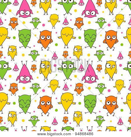Seamless repeating pattern of painted owls.
