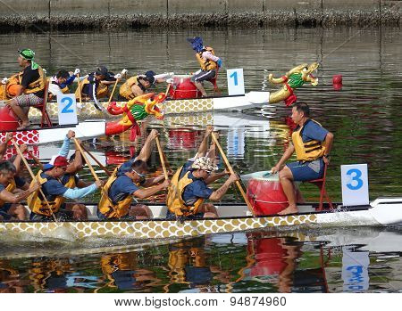 Scene From The 2015 Dragon Boat Races In Taiwan