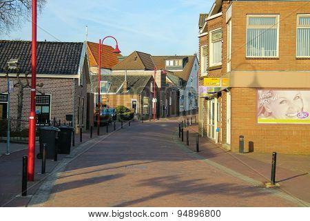 The Narrow Street In Dutch City  Meerkerk, Netherlands