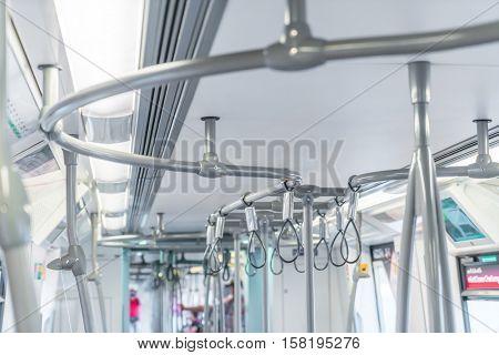 Handle loop in sky train