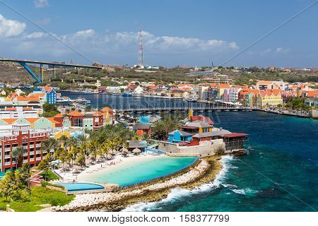 The Queen Emma Bridge is a pontoon bridge across St. Anna Bay in Curaçao