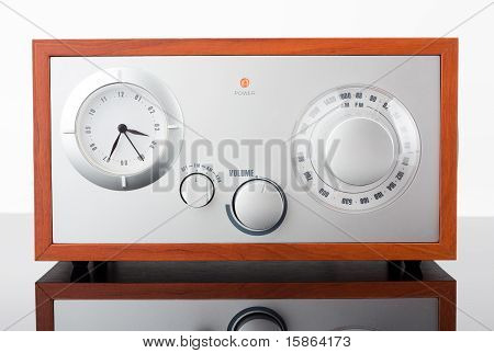 Retro-styled Radio Tuner