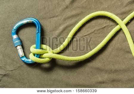 Clove Hitch - Knot.