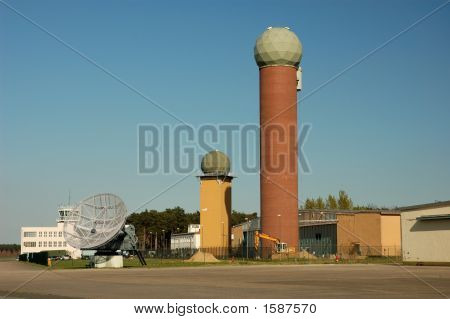Airport Radar Towers