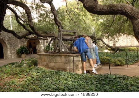 The old wishing well at the Alamo.