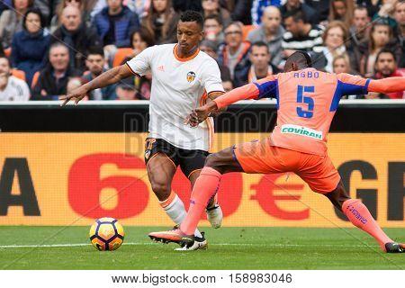 VALENCIA, SPAIN - NOVEMBER 20th: Nani with ball during La Liga soccer match between Valencia CF and Granada CF at Mestalla Stadium on November 20, 2016 in Valencia, Spain