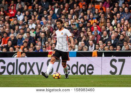 VALENCIA, SPAIN - NOVEMBER 20th: Parejo during La Liga soccer match between Valencia CF and Granada CF at Mestalla Stadium on November 20, 2016 in Valencia, Spain