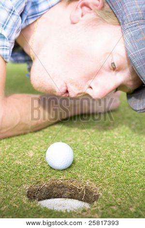 Golf Hole In One Puff