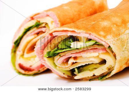 Enrole o sanduíche