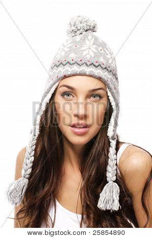 boné de Inverno vestindo de mulher bonita