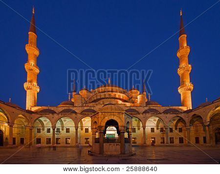 Blue Mosque in Sunset light