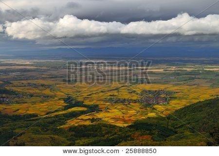 landschaftlich Rebe Strecke Landschaft in Frankreich