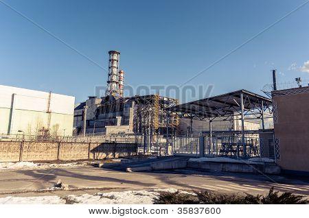 A central nuclear de Chernobyl, março de 2012