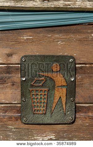 Litter Sign.