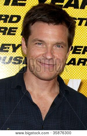 LOS ANGELES - 14 de ago: Jason Bateman chega a Los Angeles de