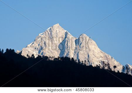Beautiful Himalayan Peak in early sunlight