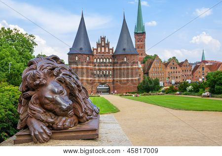 Holstentor. Lübeck, Alemania