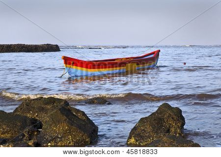 Fishermans Canoe Manori Bel