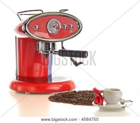 Very Tasteful Espresso With Coffee Maker