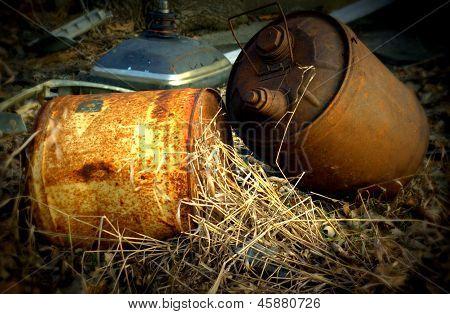 Latas de combustível vintage